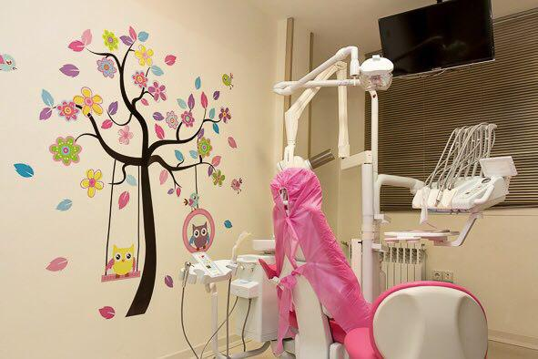 اتاق دندانپزشک کودکان